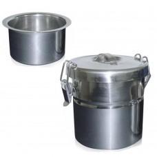 Contenitore alimenti con doppio fondo con chiusura ermetica.